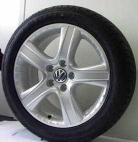 "Dakar Alloy Wheel - 18"" Brilliant Silver"